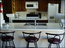 Northeast Phoenix Sober House Eat-In Kitchen